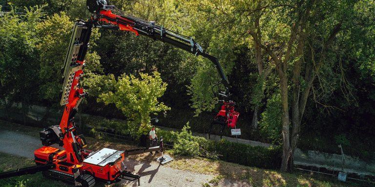 jf545-v-max petite grue pour l'entretien des espaces verts