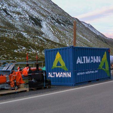 Maintenance des systèmes de remontée en haute montagne