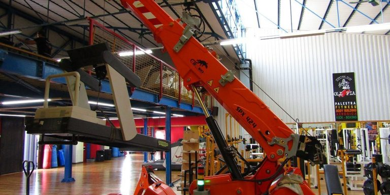 Mini jekko crane for handling loads