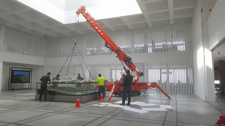 Mini gru per la manutenzione industriale